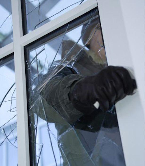 Qué puedo hacer en Madrid si alguien entra en mi casa a robar cuando estoy dentro